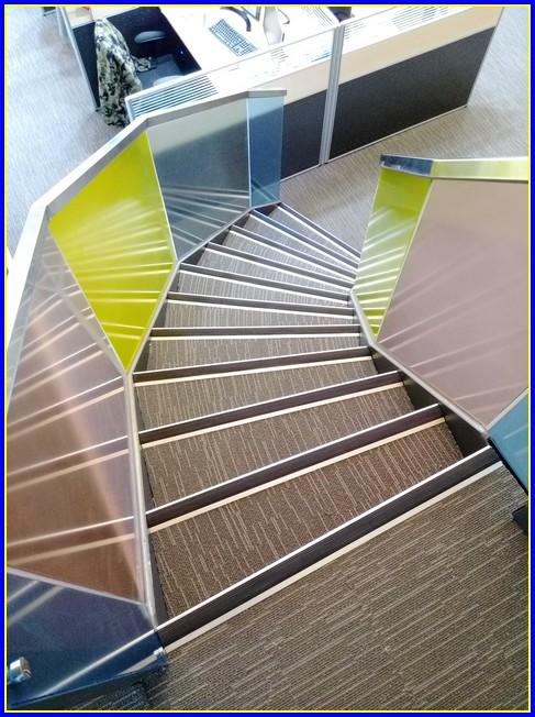 造型樓梯/鋼構梯/旋轉梯/龍骨梯