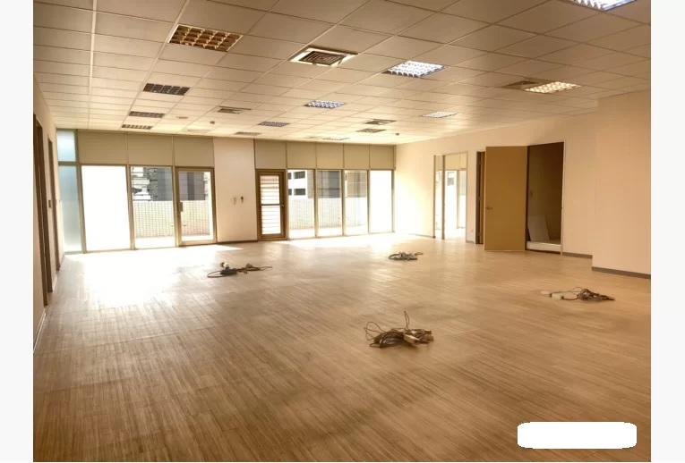 精美裝潢辦公室近西湖捷運站有大露台-2