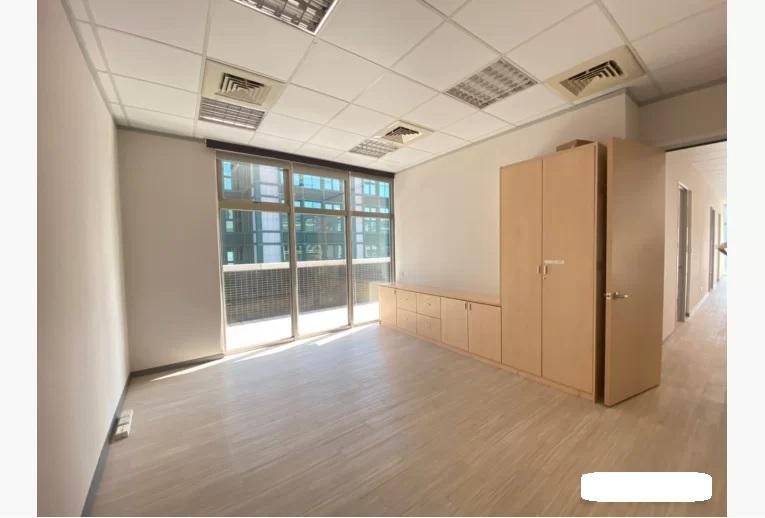 精美裝潢辦公室近西湖捷運站有大露台-3